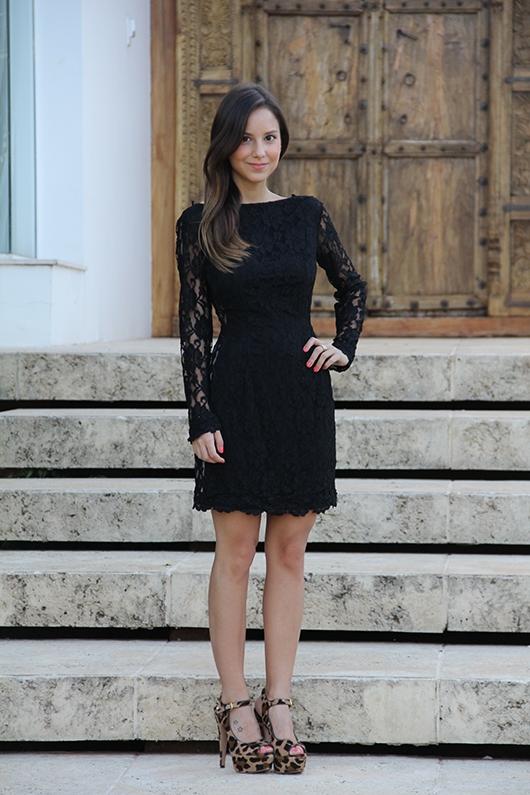vestido-preto-e-sapato-de-onça